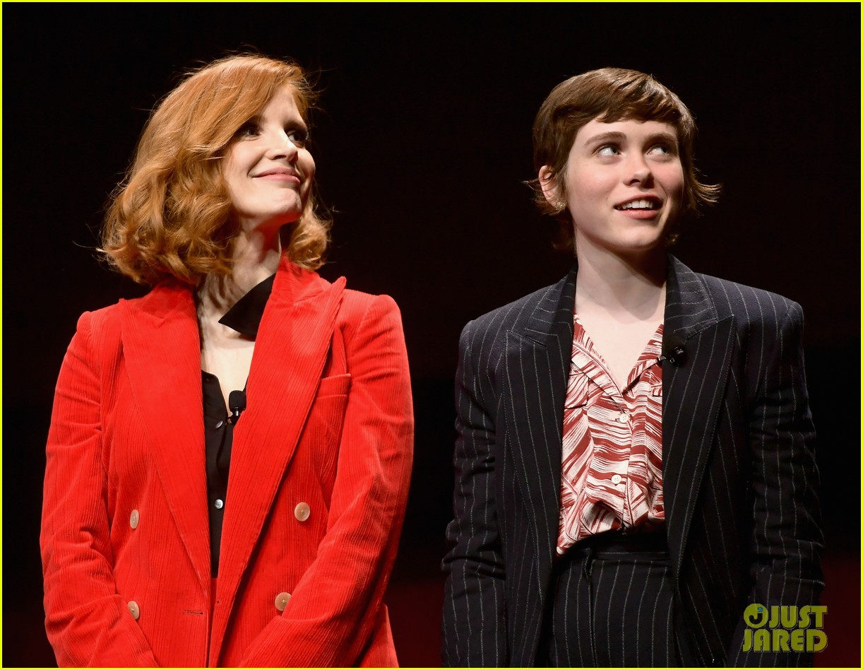 jessica chastain sophia lillis it cast cinemacon 13