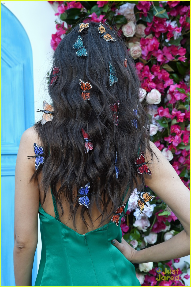 victoria justice butterfly hair tricks 04