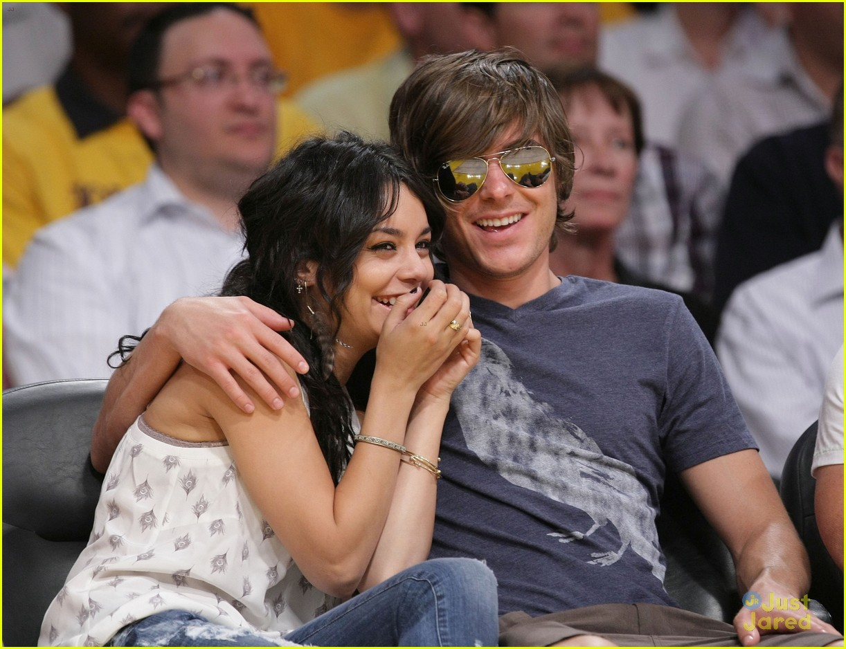 vanessa hudgens grateful zac efron relationship 03