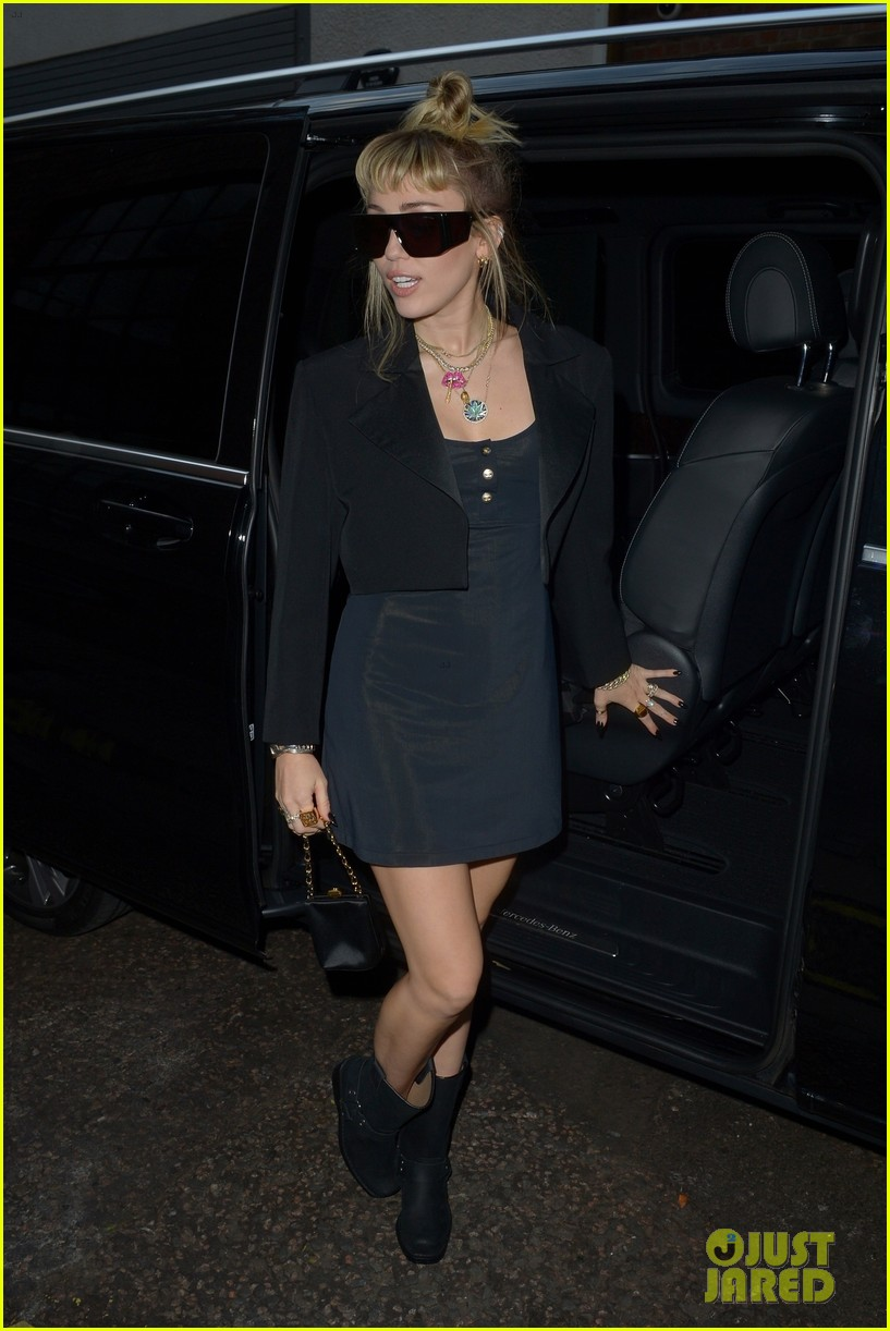 miley cyrus rocks little black dress for night out in london 05