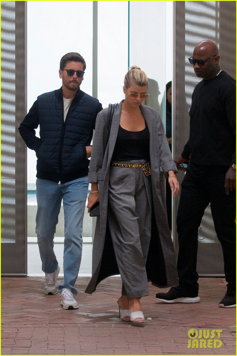 scott disick and sofia richie couple up for beverly hills lunch date 02