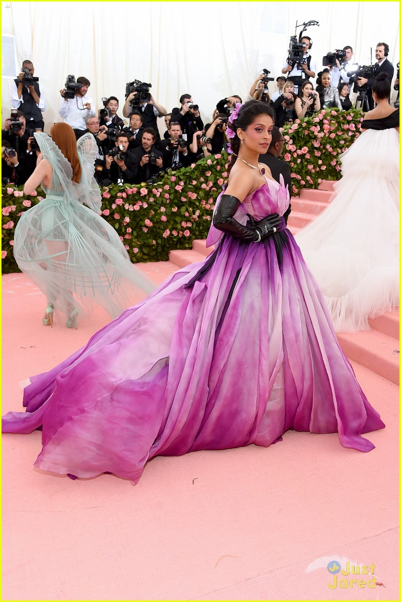 james charles lilly singh met gala 03