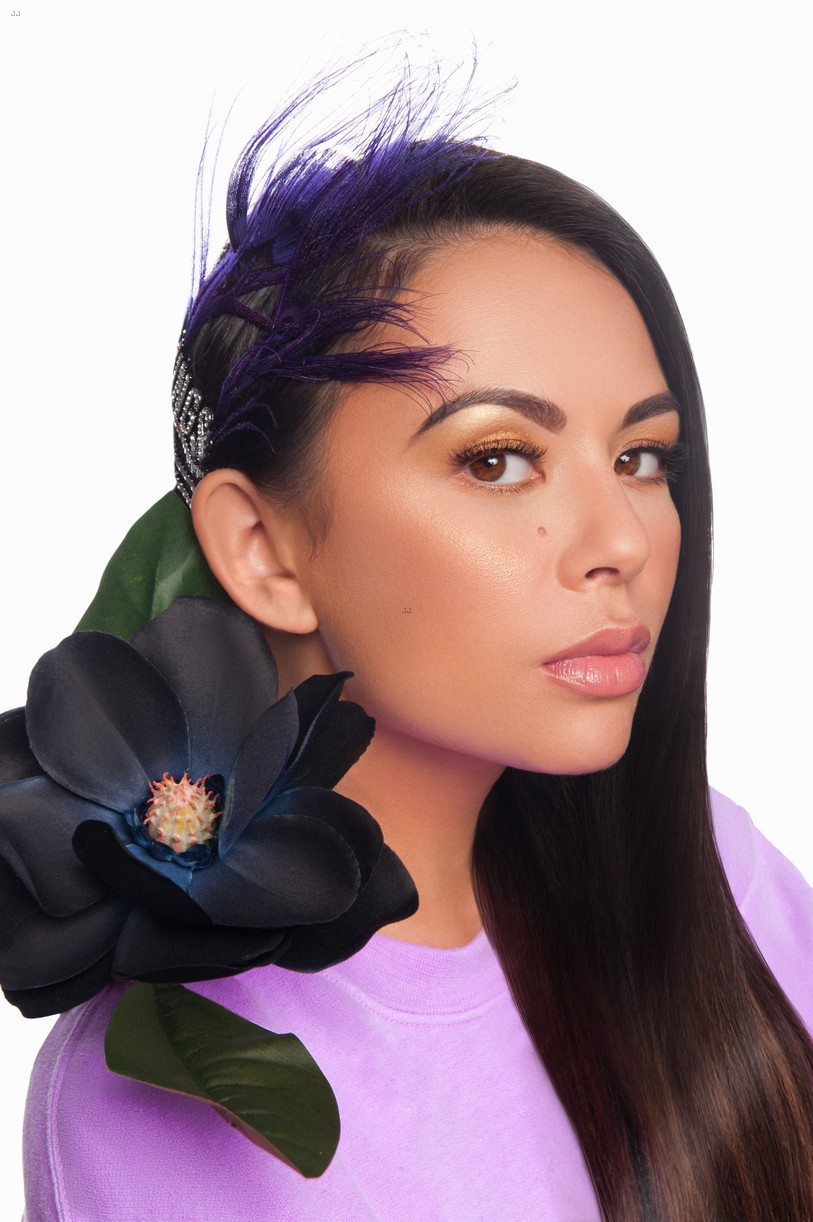janel parrish beauty spread inlove mag 02