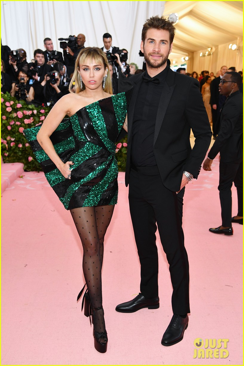 miley cyrus liam hemsworth met gala 2019 06