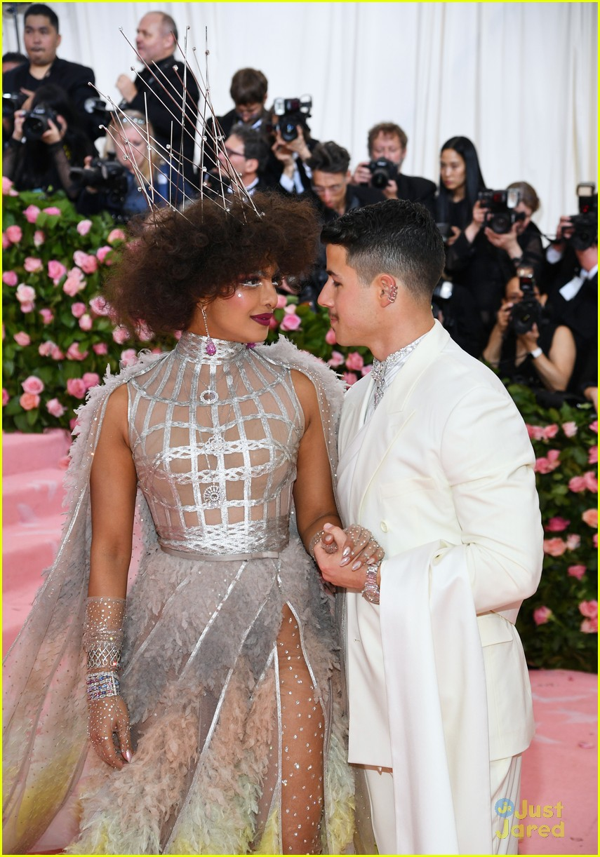 nick jonas camp rock character miss met gala 01