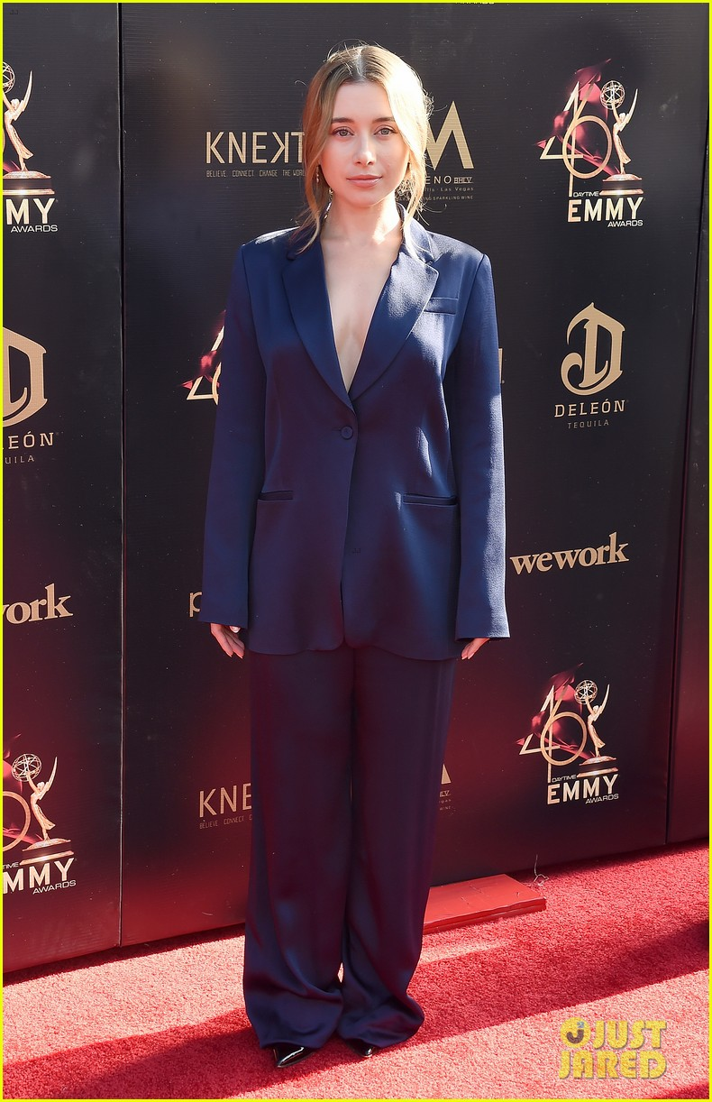 olesya rulin steps in as hsm co star monique coleman date to daytime emmys 01
