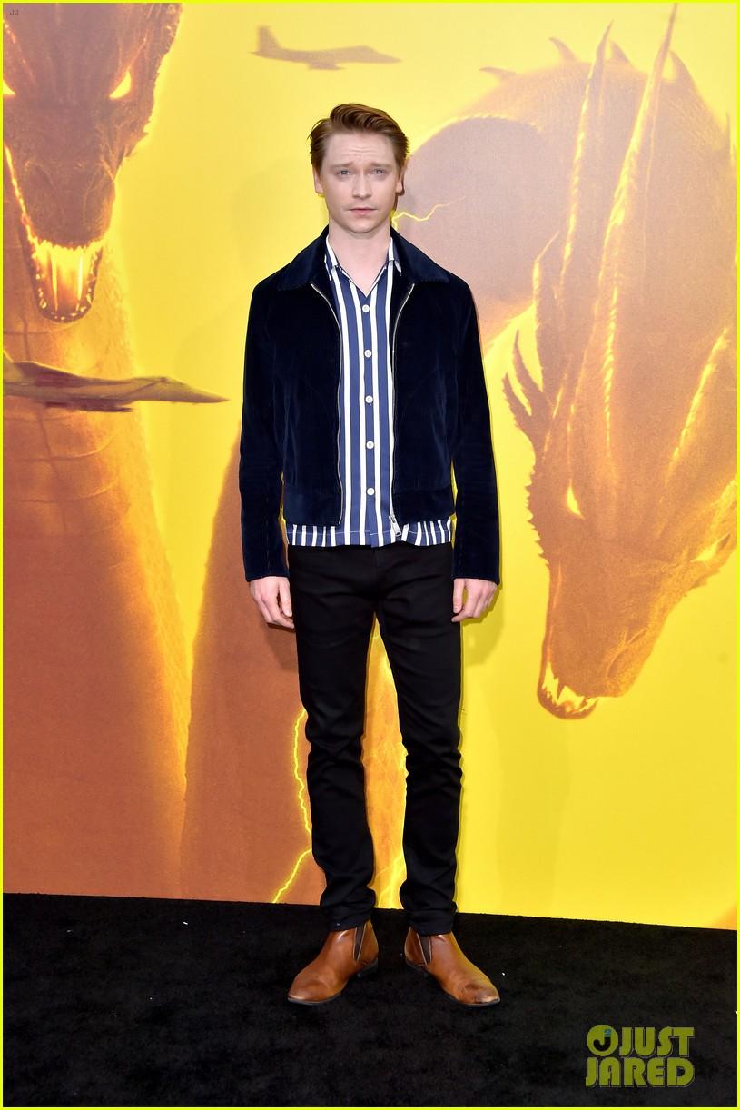 skai jackson madison iseman bring the fashion to godzilla premiere 04