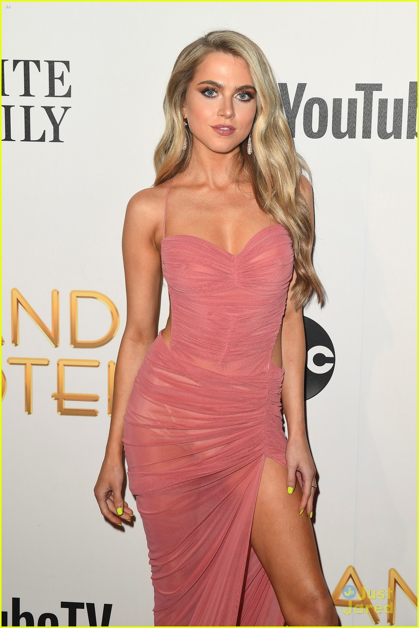 anne winters chris warren grand hotel premiere 01