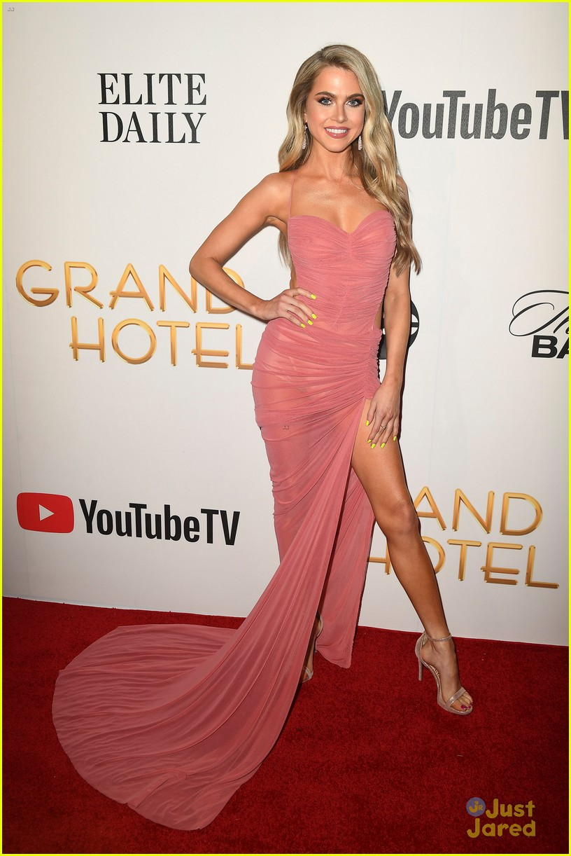 Anne Winters Stuns At Grand Hotel Premiere In Miami