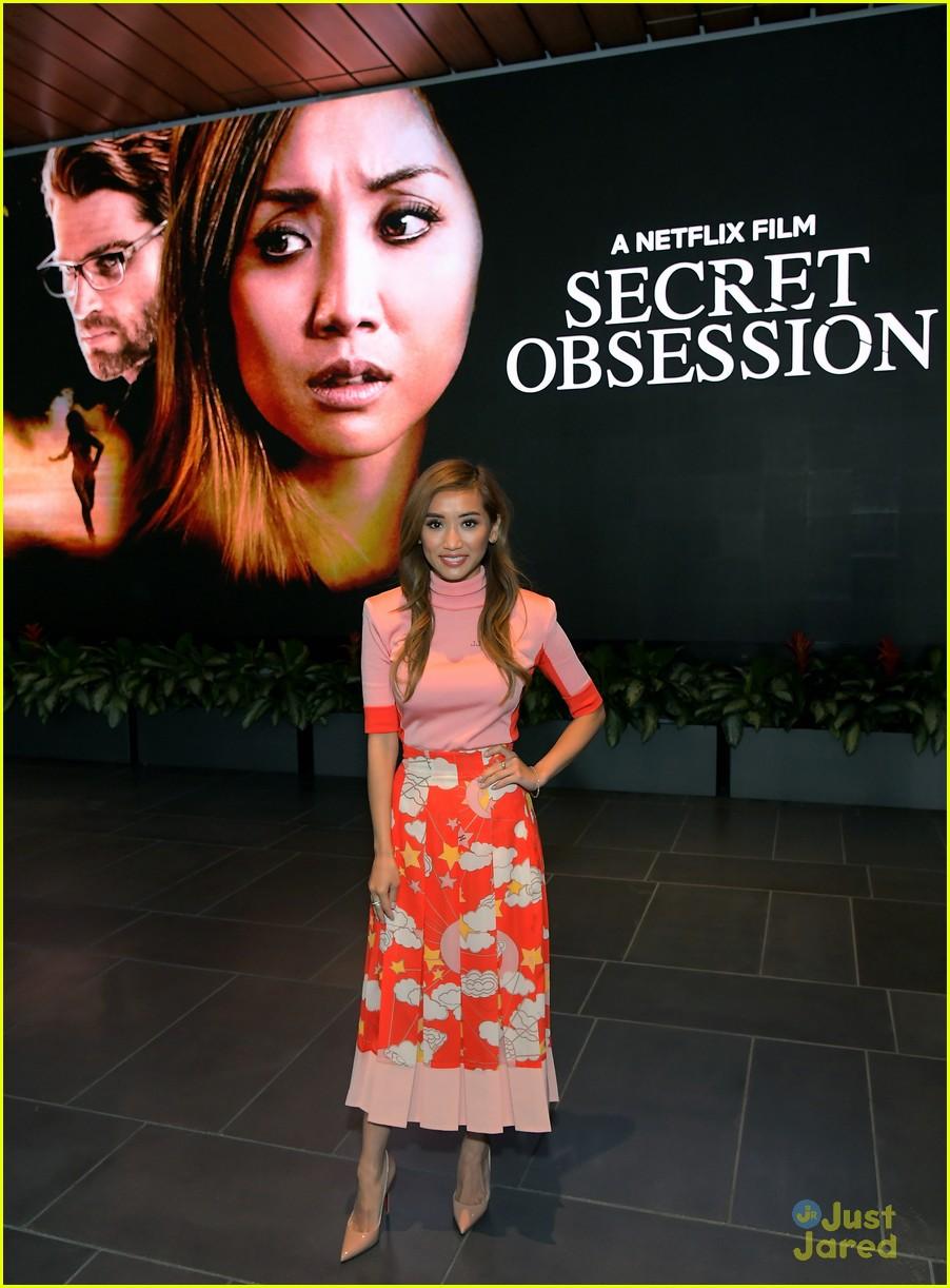 brenda song selfie secret obsession screening 01