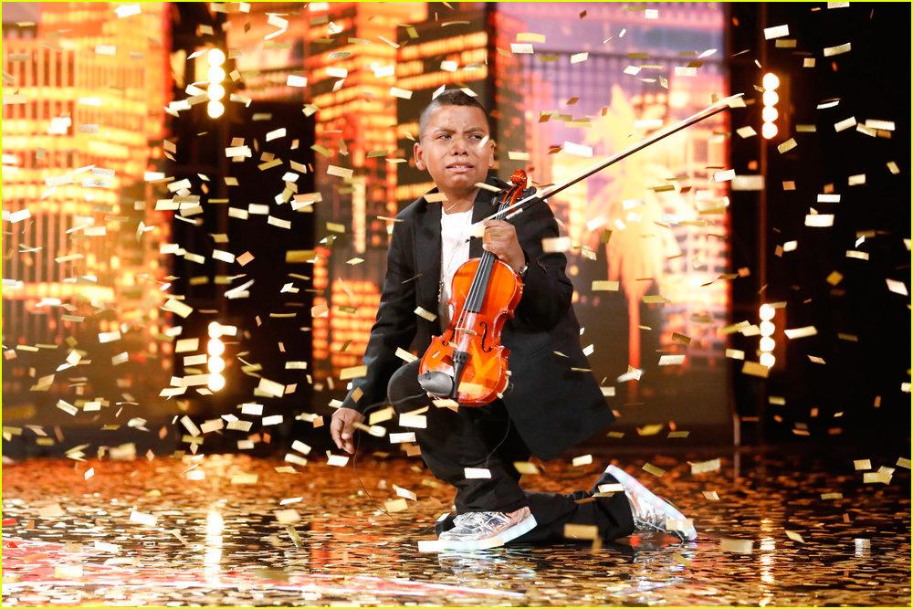 tyler butler figueroa simon cowell golden buzzer americas got talent 01