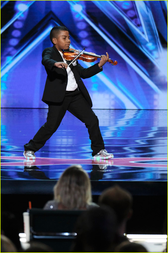 tyler butler figueroa simon cowell golden buzzer americas got talent 02