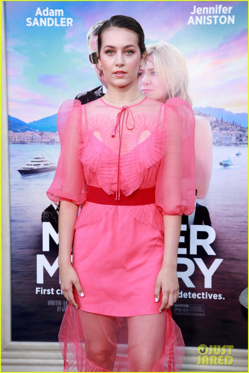 emma fuhrmann is pretty in pink at murder mystery premiere 06