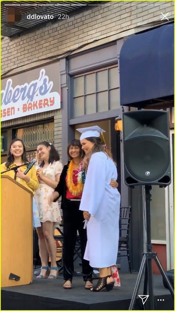 madison de la garza gets big sister demi lovatos support at graduation 05