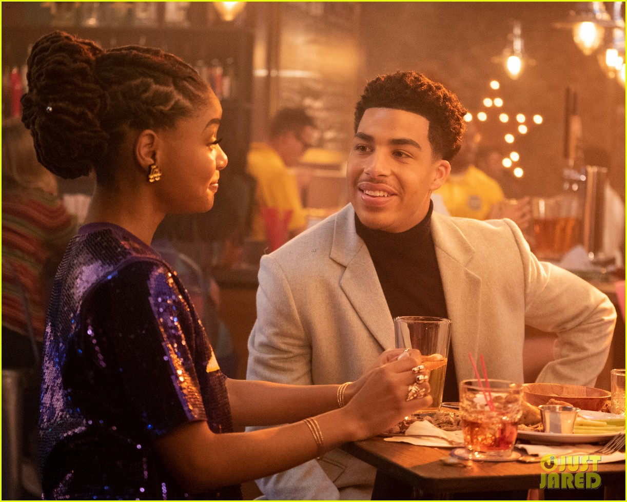 zoey brings brother junior as wingman during friend drama on grownish 02