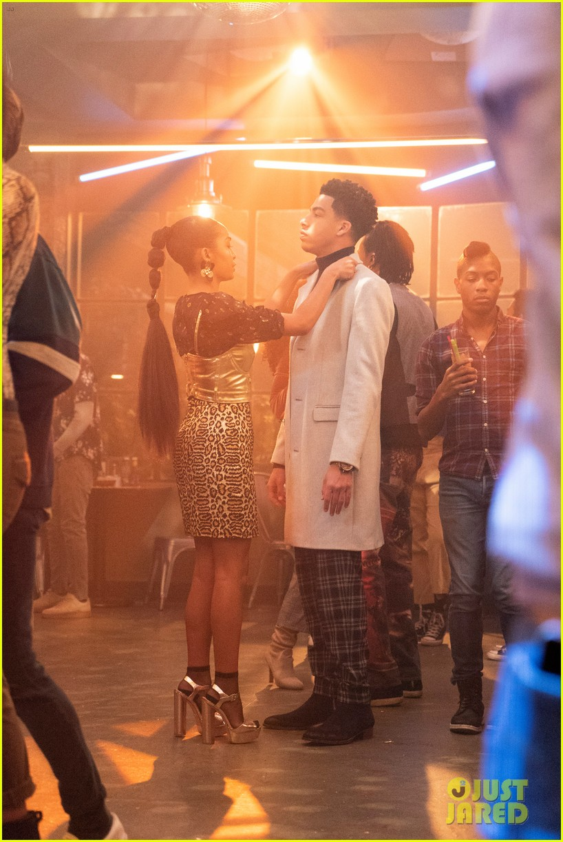 zoey brings brother junior as wingman during friend drama on grownish 05