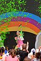 jojo siwa takes the stage at slimefest 02