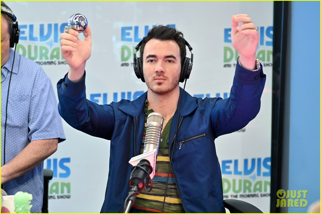 jonas brothers z100 stop got doc 04