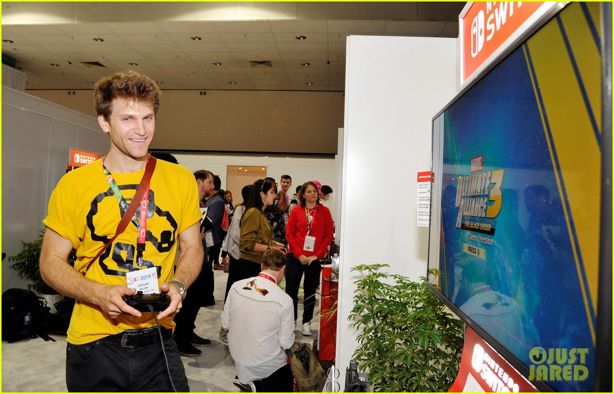 jordan fisher keegan allen kick off e3 convention with nintendo 02