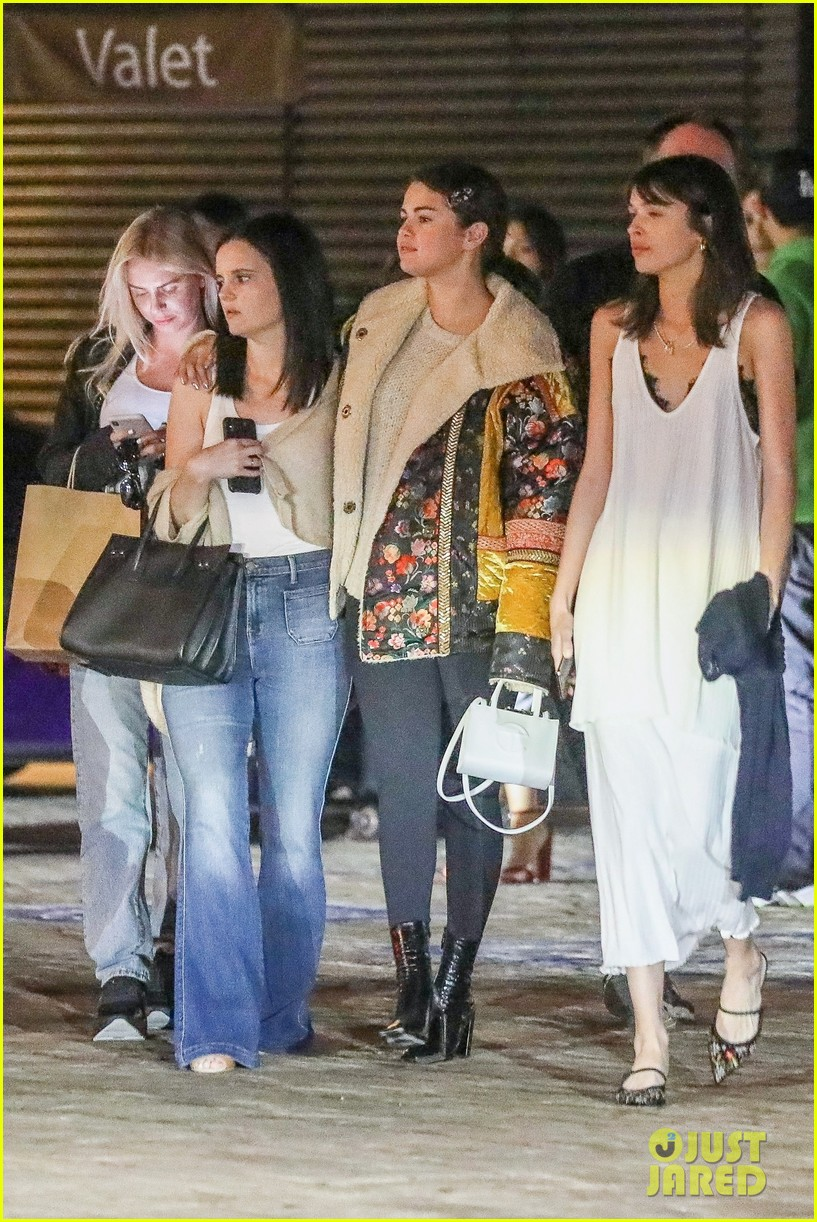 selena gomez keeps close to friends during girls night 05
