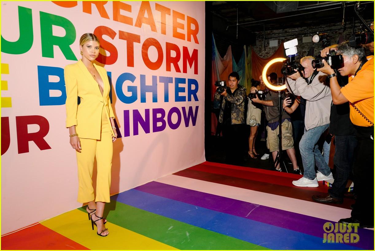 sofia richie jenny mollen ao pride party 13