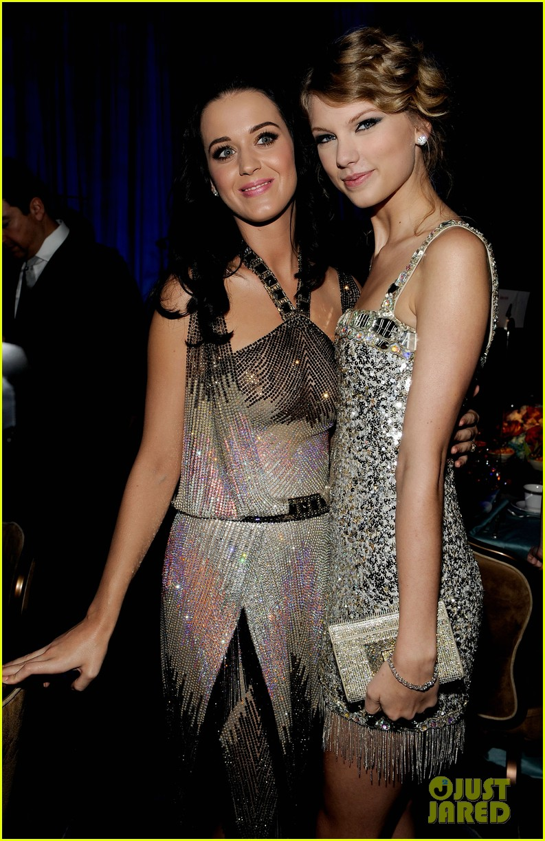 taylor swift katy perry make up friends 01