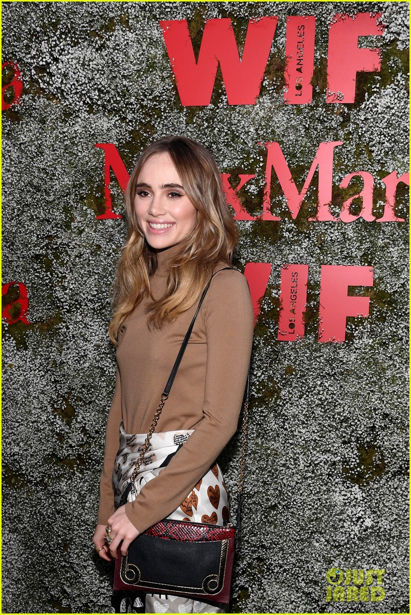 suki waterhouse lucy hale camila mendes face of the future 20
