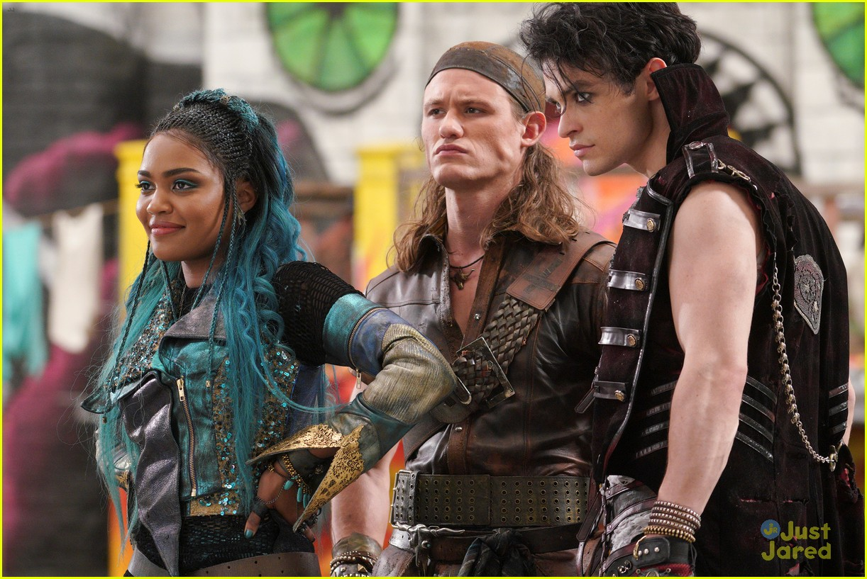 Disney Releases Tons of New Pics From 'Descendants 3