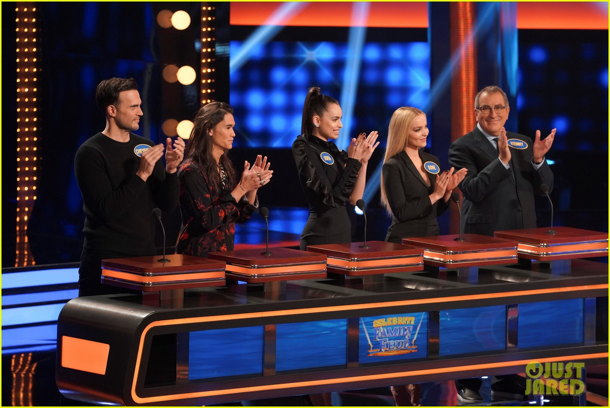 descendant cast takes on american housewife cast family feud 04