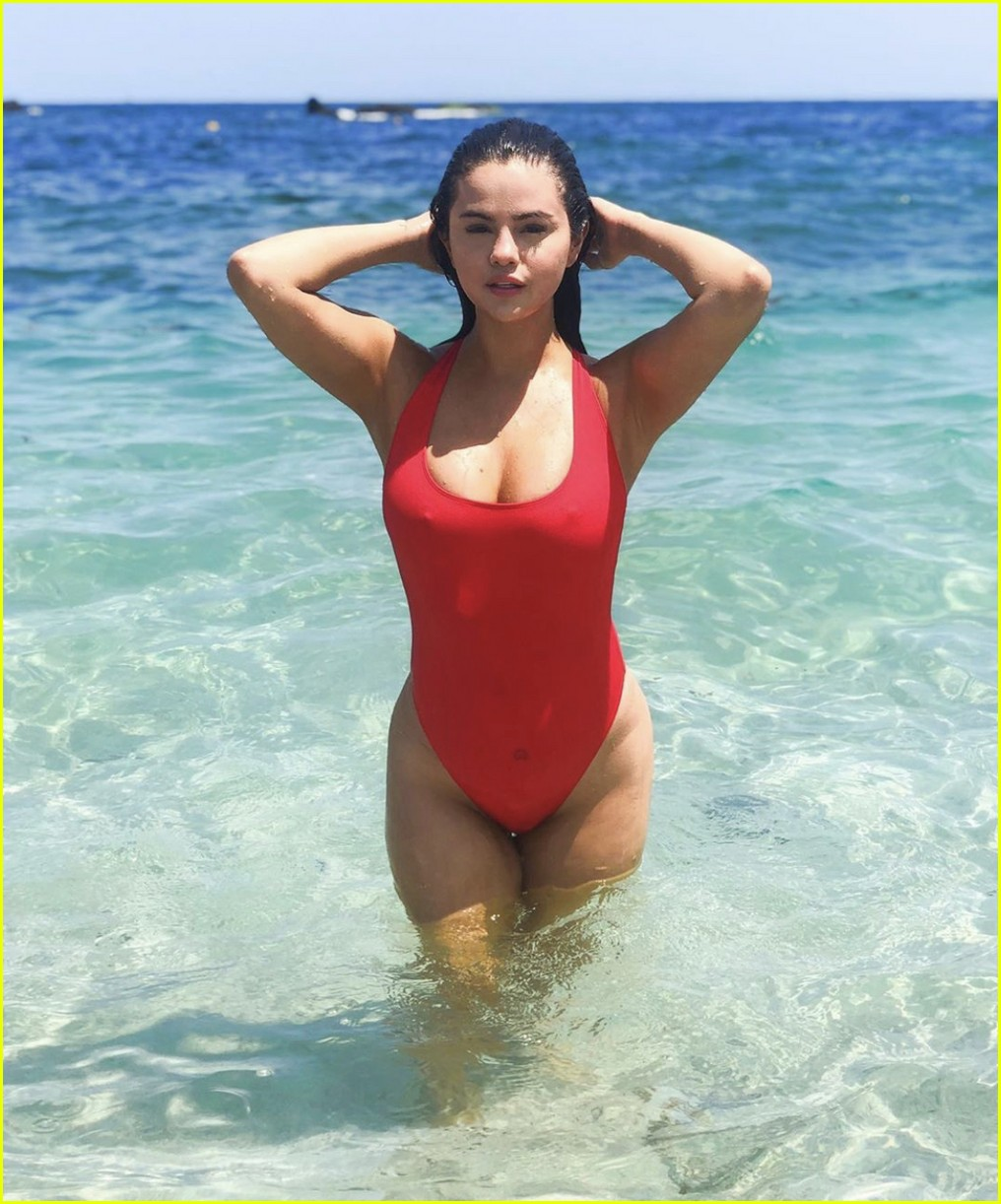 selena gomez in red swimsuit 01