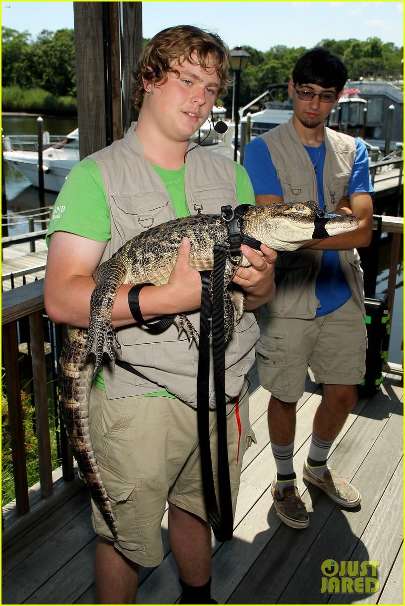 kaya scodelario crawl alligator event 01