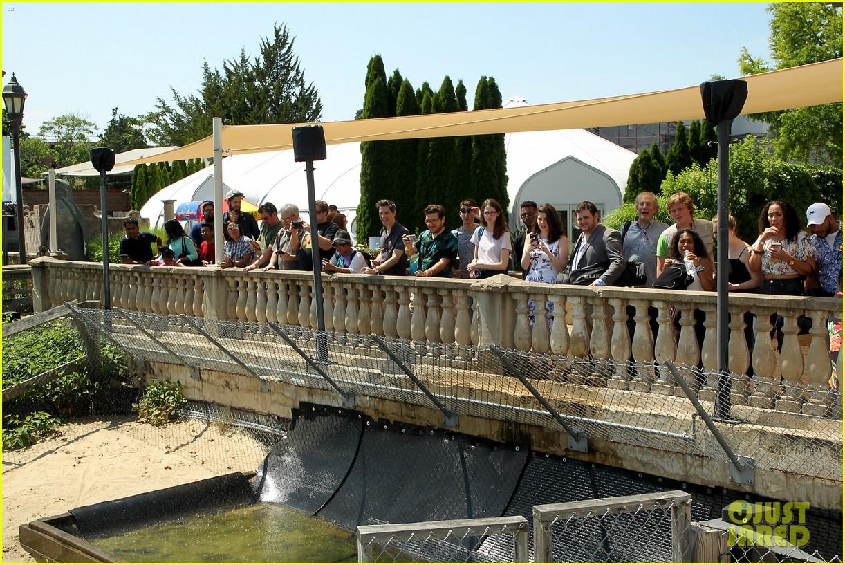 kaya scodelario crawl alligator event 20