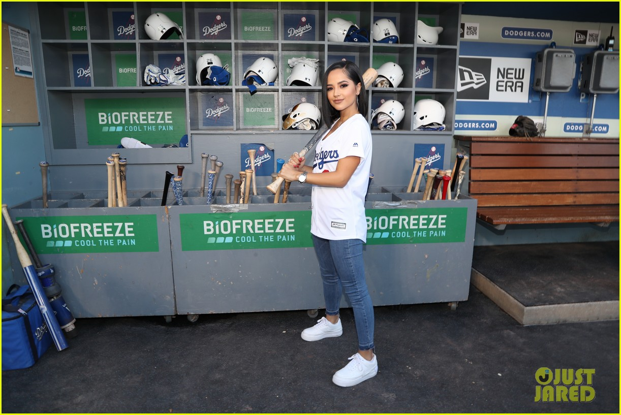 becky g sings national anthem at dodgers game 12