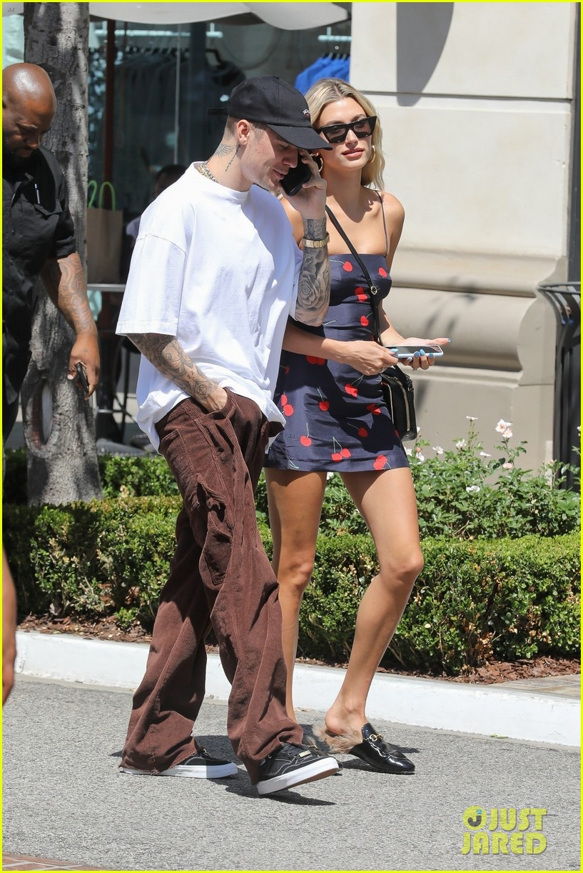 hailey justin bieber spend the afternoon at the grove 03
