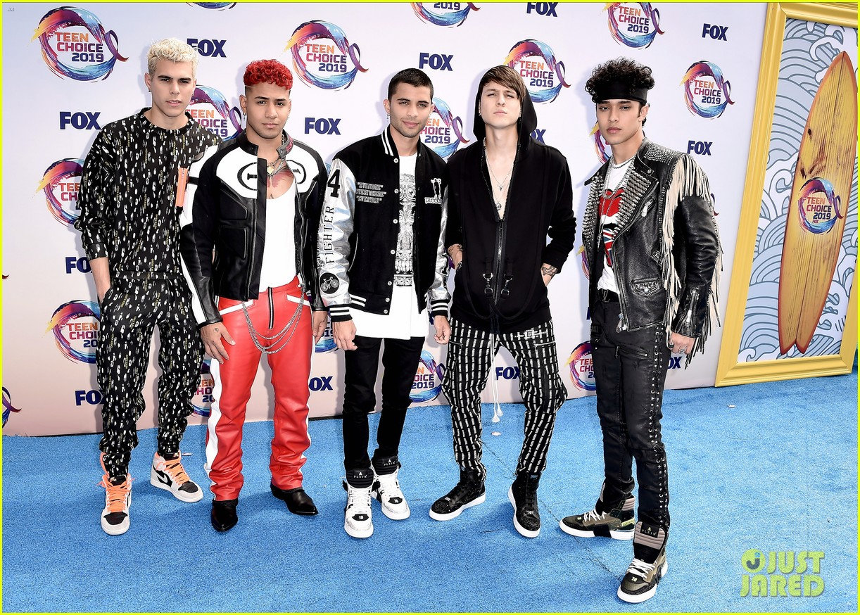 cnco attends 2019 teen choice awards 03