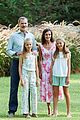 leonor sofia spain family photocall pics 01