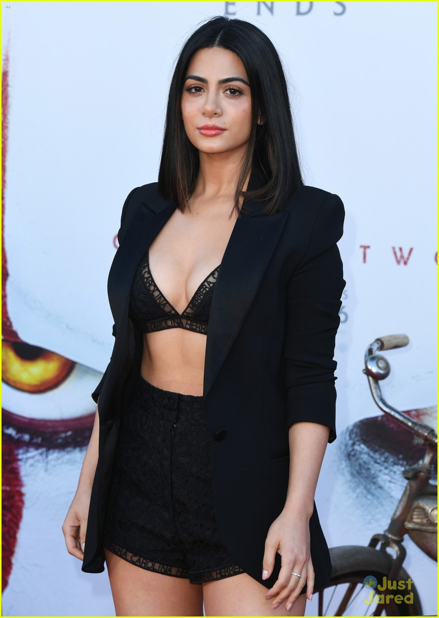 emeraude toubia luke baines alisha wainwright it movie premiere 08