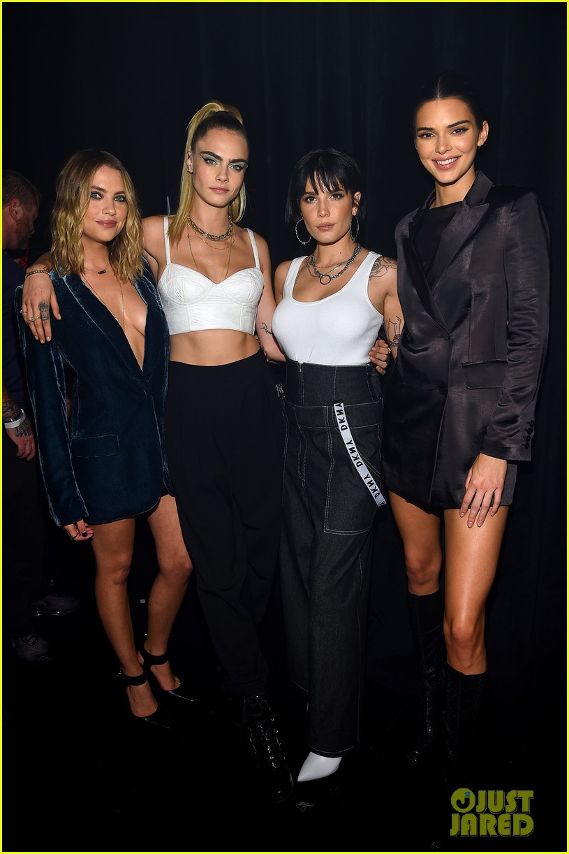 cara delevingne ashley benson kendall jenner dkny 30th anniversary event 01