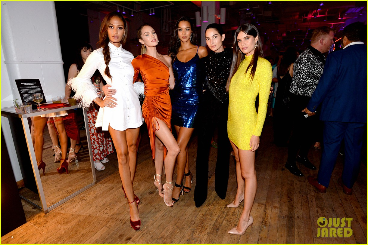bella gigi hadid youtube fashion event nyfw 29