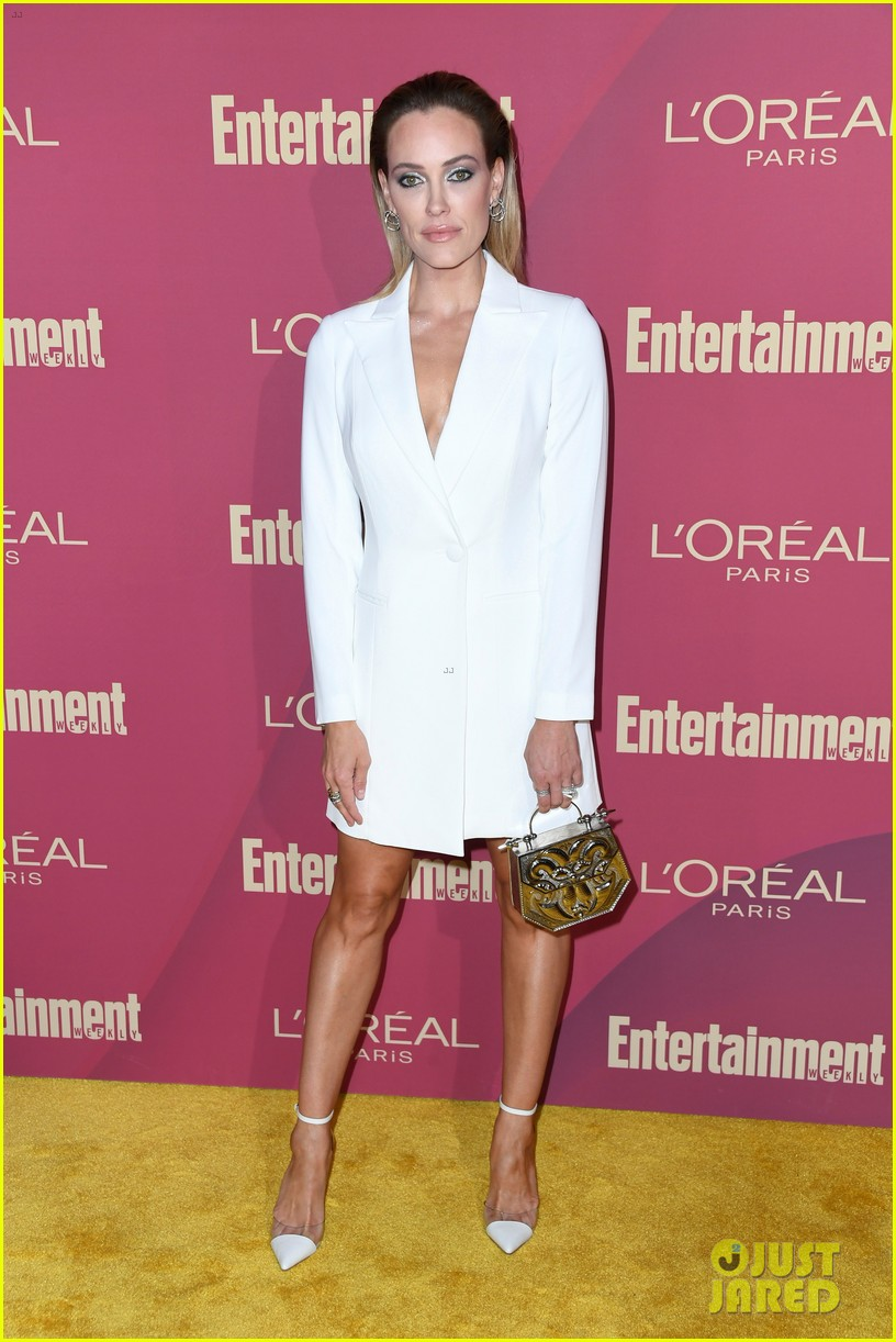 sarah hyland ariel winter glam it up at ews pre emmys party 15