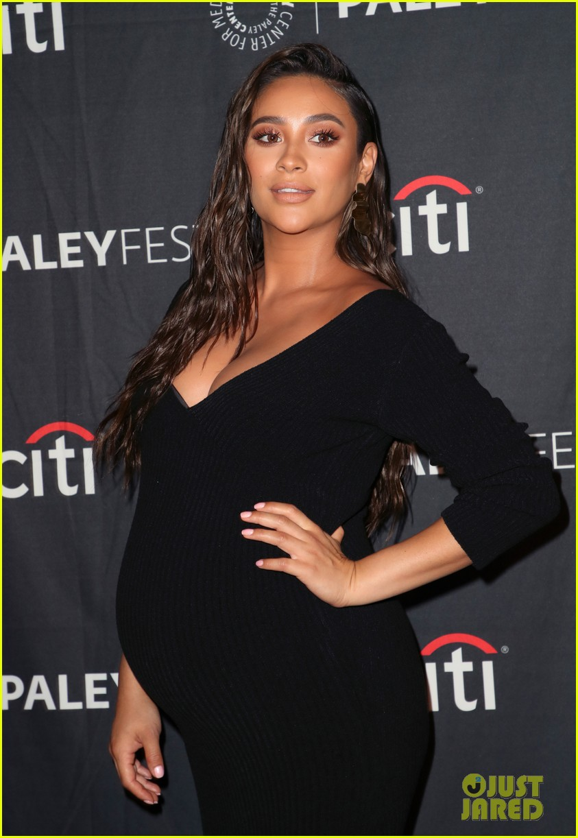 shay mitchell dollface cast at paley 16