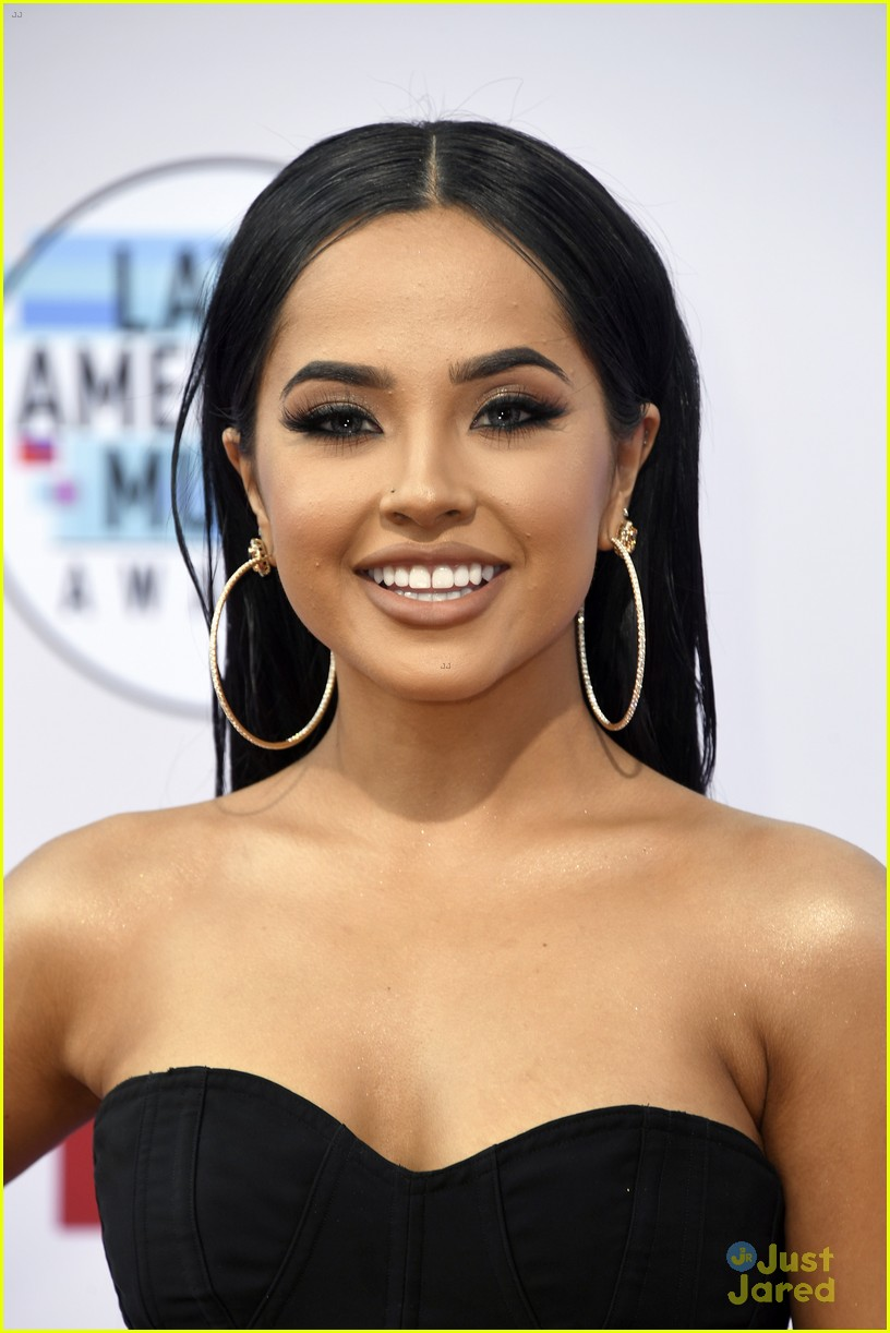 becky g amas carpet pics performance mala santa album 13