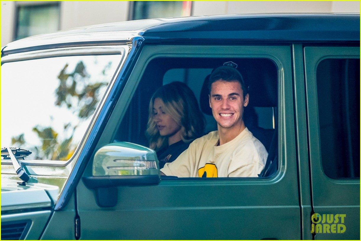 justin hailey bieber are all smiles during lunch run 05