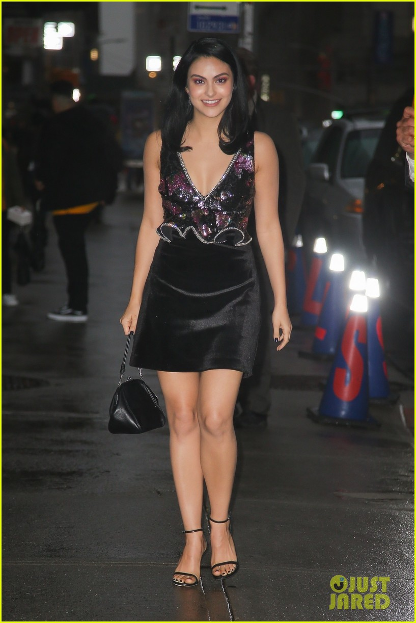 camila mendes late show arrival nyc 05