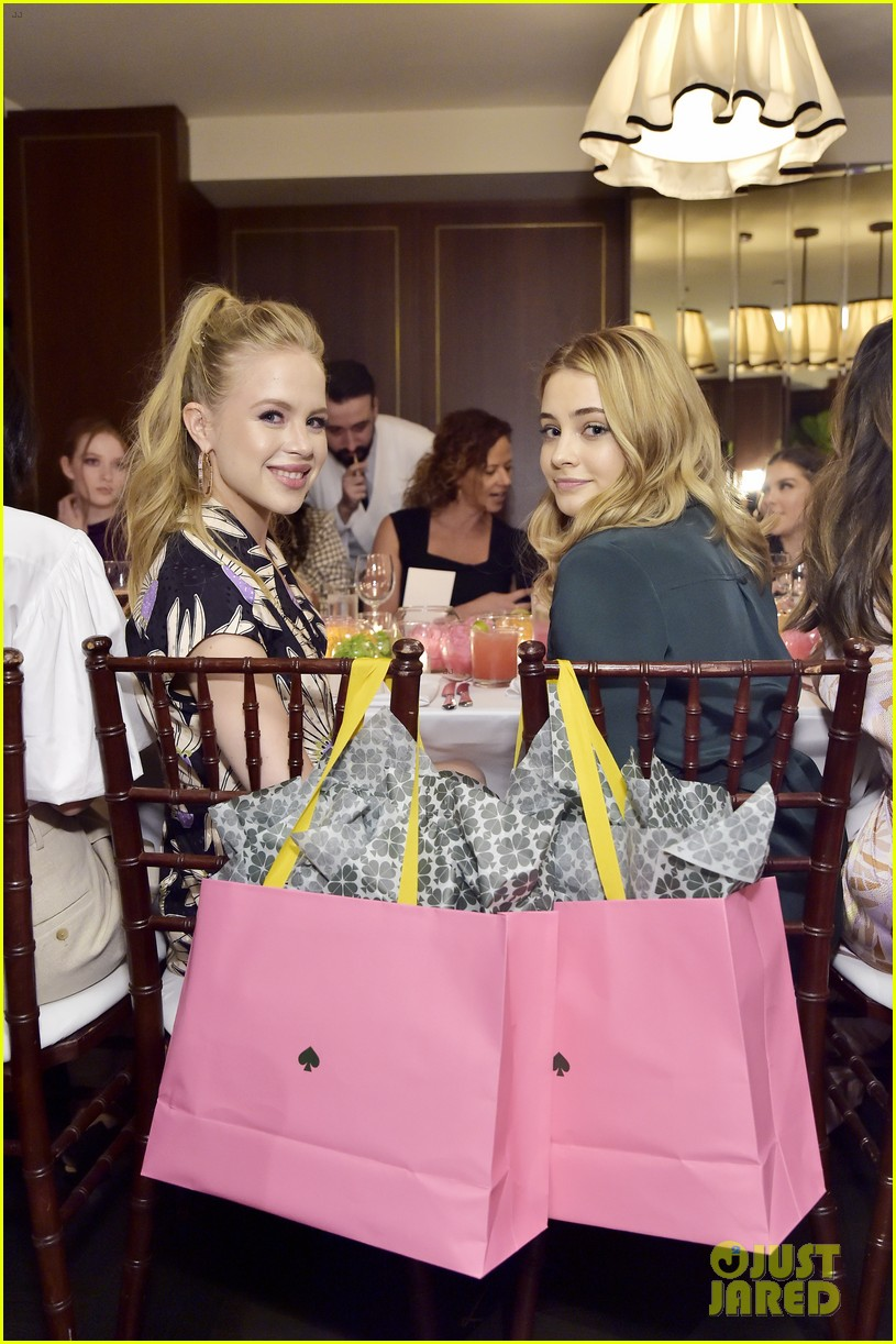 dove cameron laura marano josephine langford more ksny dinner 06