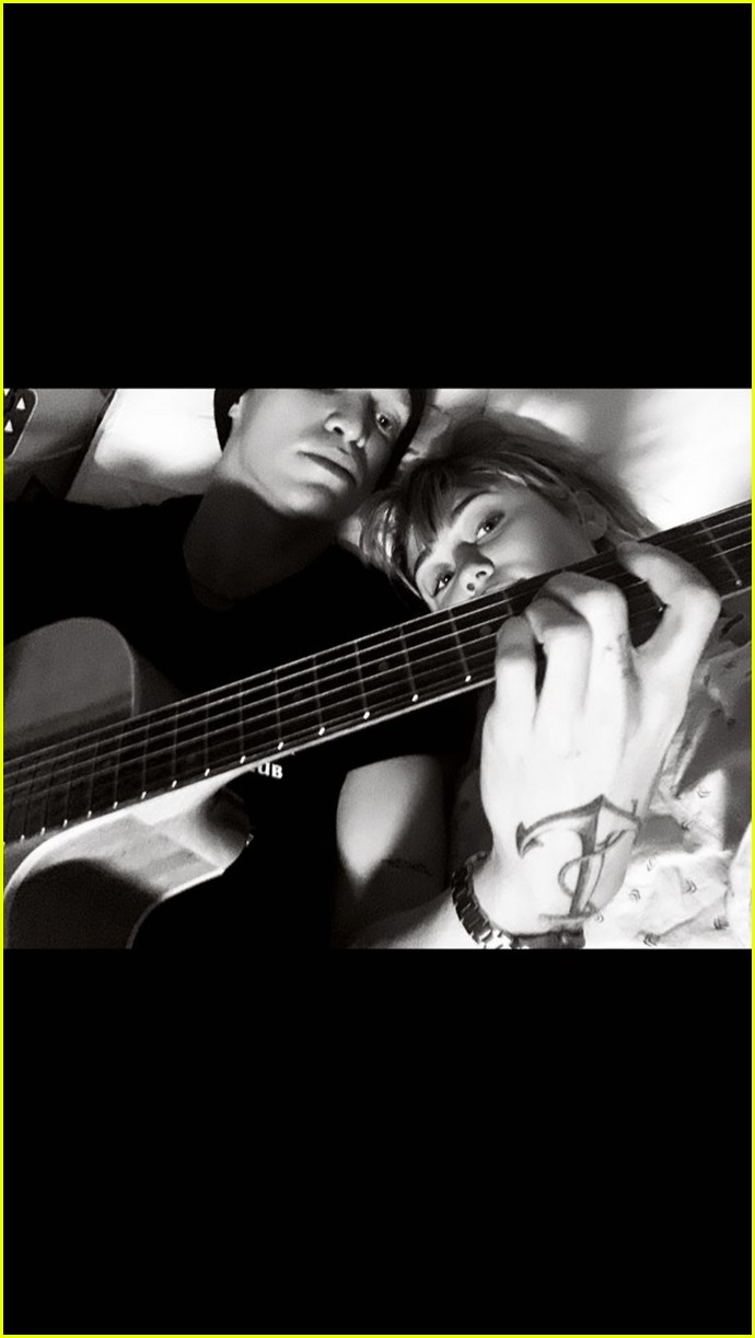 miley cyrus cody simpson confirm relationship 02