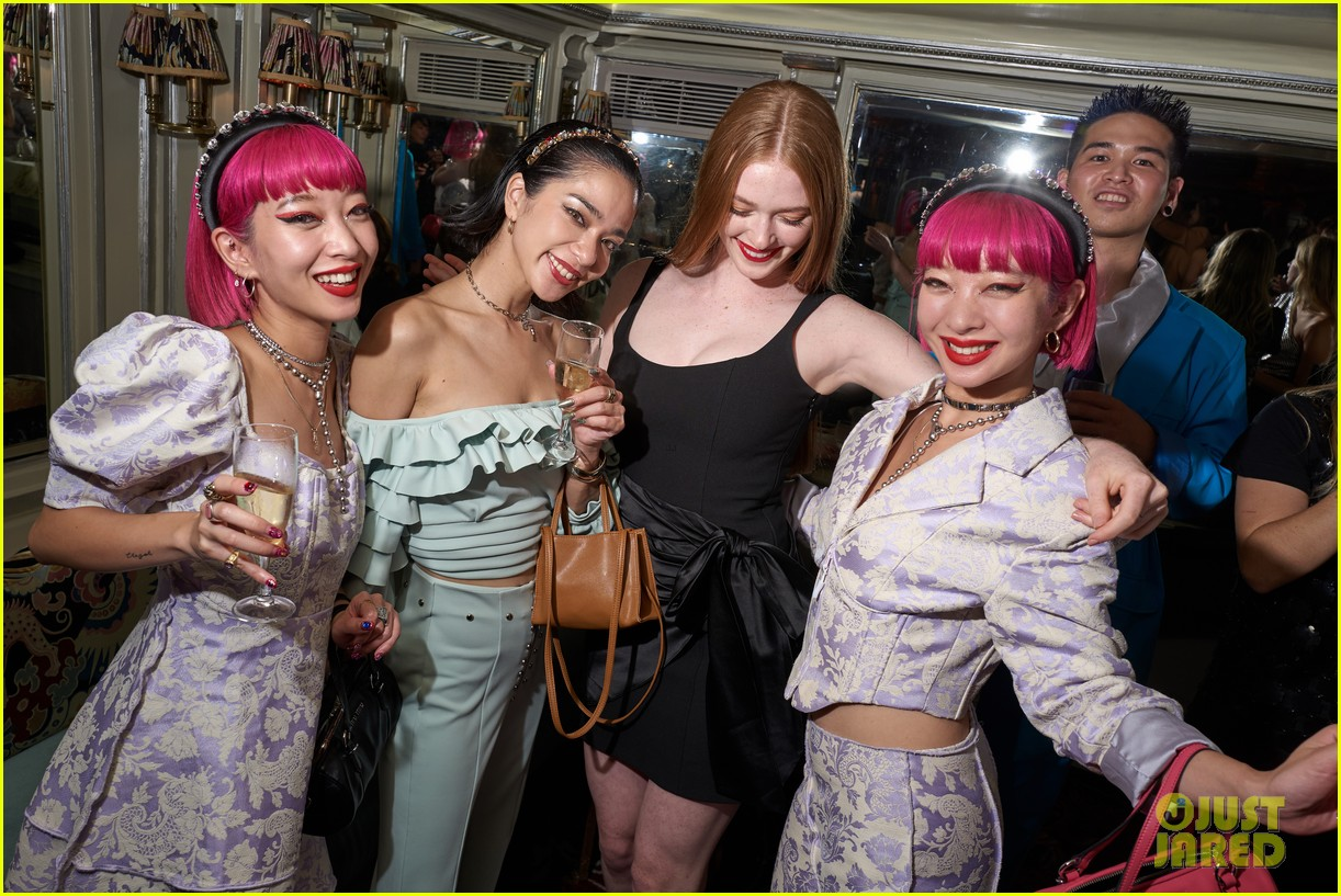 lili reinhart cole sprouse kaia gerber more miu after party 09