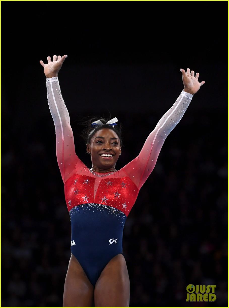 simone biles makes history at fig artistic gymnastics world championship 04