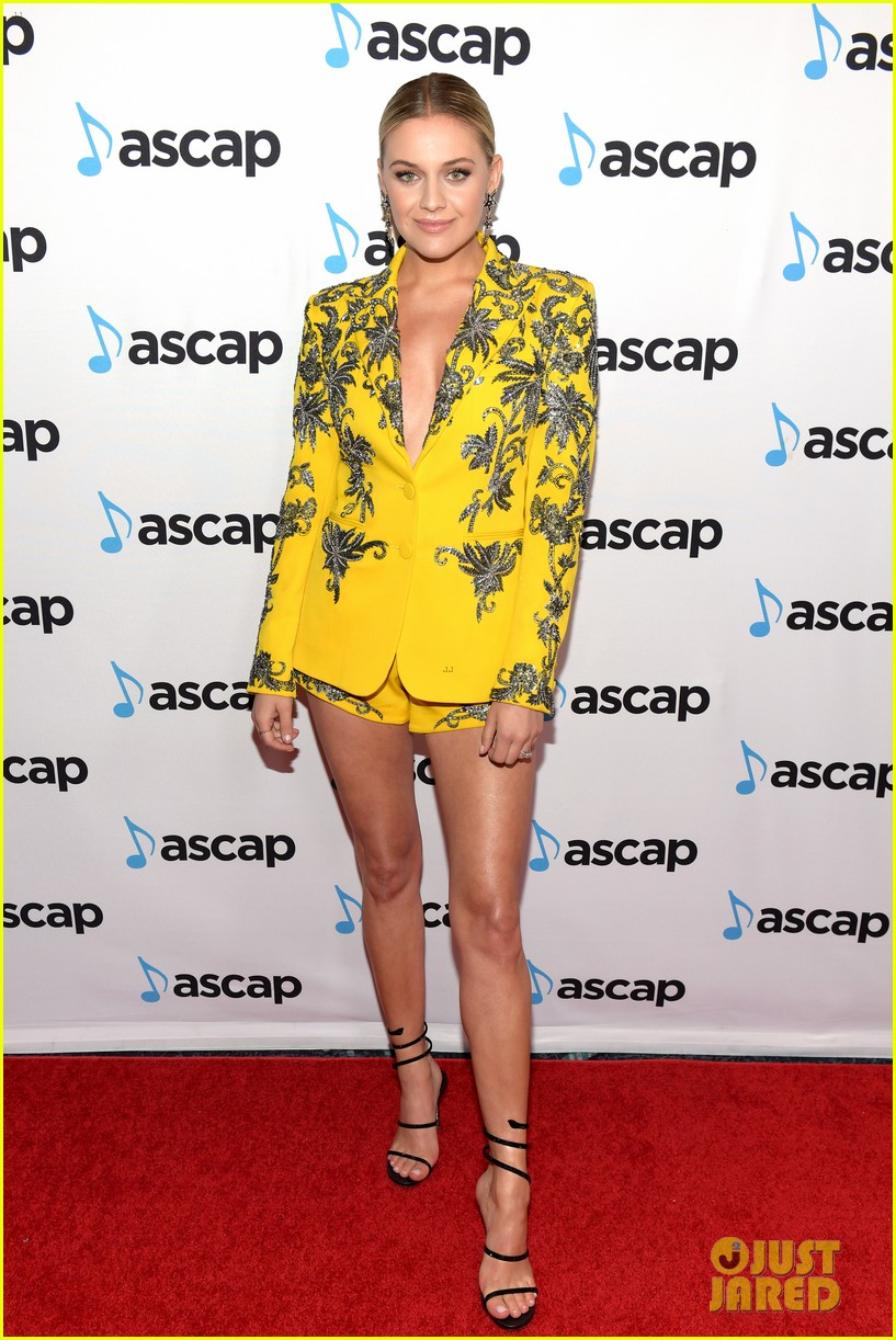kelsea ballerini morgan evans couple up at ascap country music awards 09