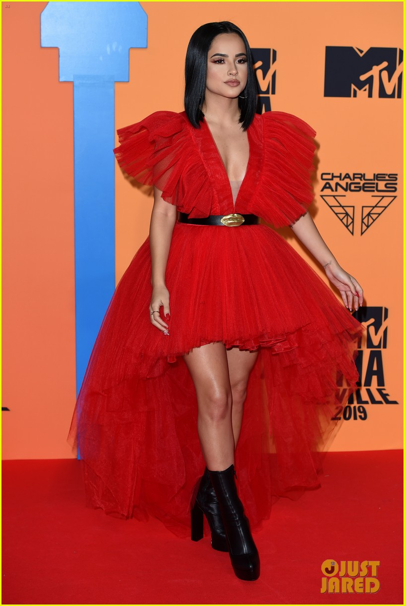 halsey niall horan dua lipa mtv emas red carpet 05
